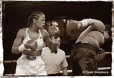 http://www.cash.li/myspace/images/laila_ali-fight.jpg